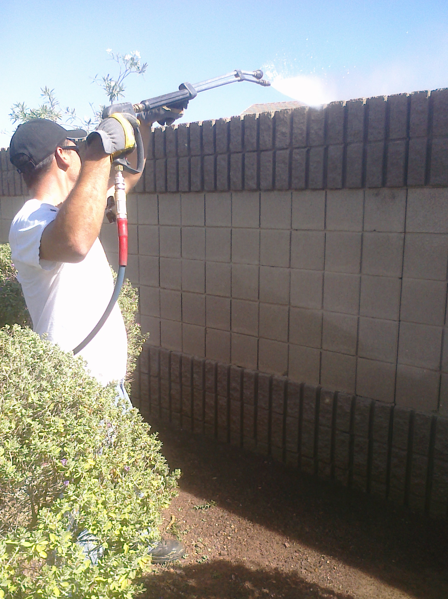 Pressure Washing Walls
